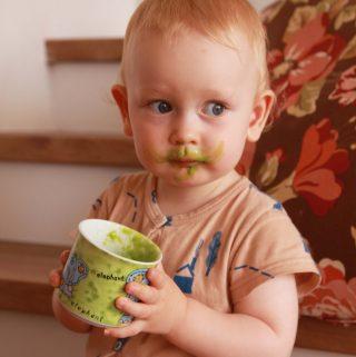 Zelená – detský strašiak + recept na zelené smoothie